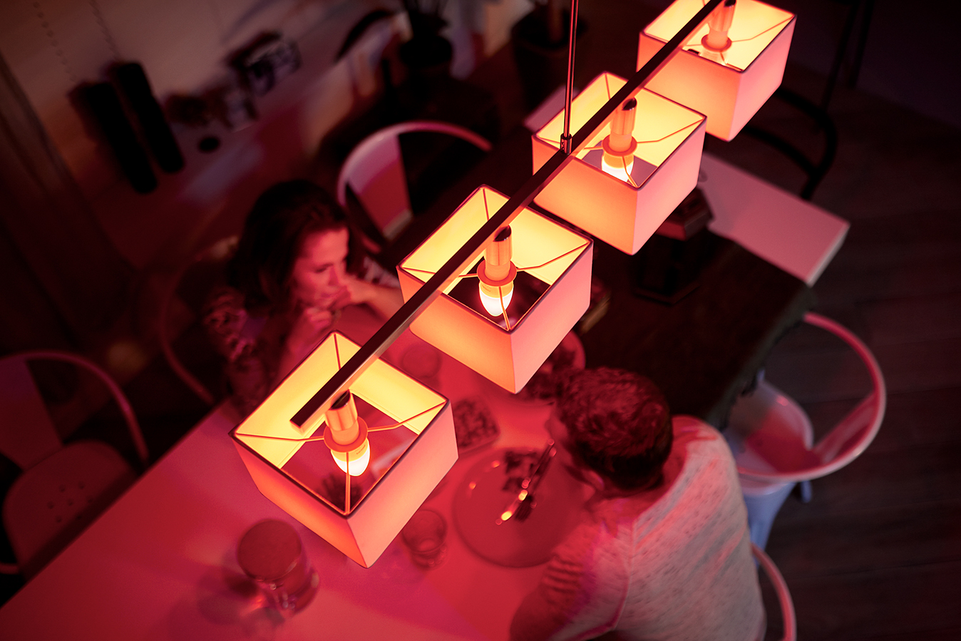 Hue Lampen E14 : Bad republic philips hue debuts long awaited e bulbs